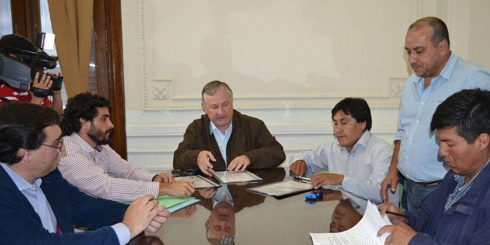 Las comunas de Abralaite, La Mendieta, y Santa Catalina podrán adquirir equipamiento informático para mejorar y modernizar la gestión