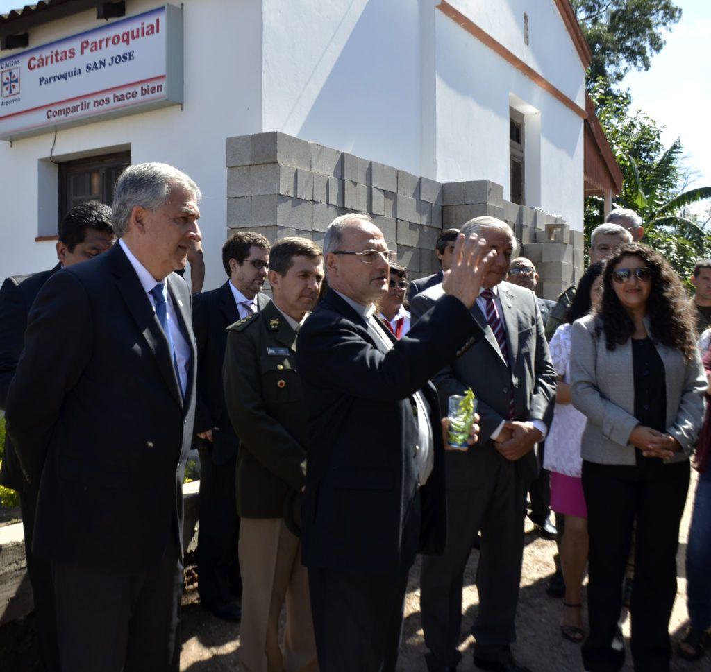 El Gobernador acompañó la inauguración de un refugio para personas en situación de vulnerabilidad.