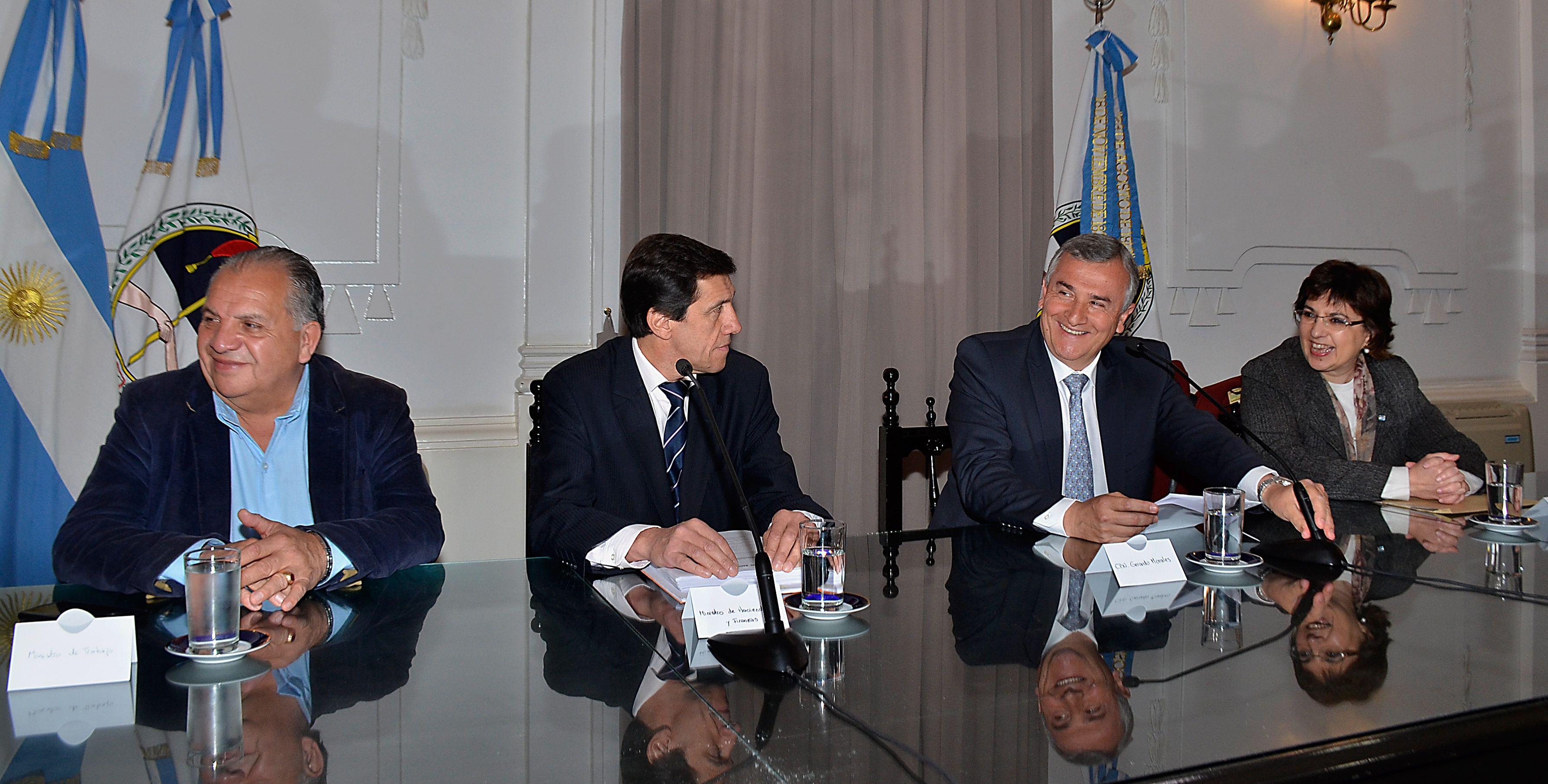 El Gobernador Gerardo Morales, conferencia de prensa educación