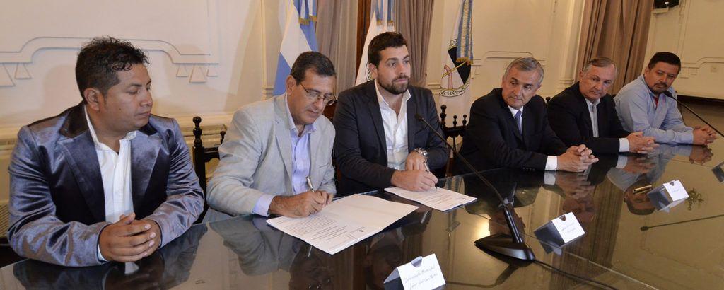 Firma de convenio entre Nación y el municipio de Libertador Gral. San Martín.