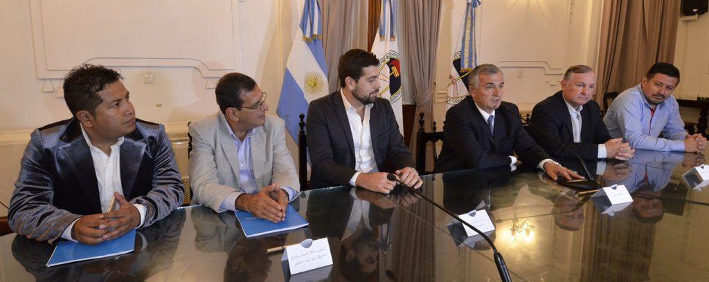 Discurso del Gobernador Morales pronunciado a los presentes en el Salón Blanco.