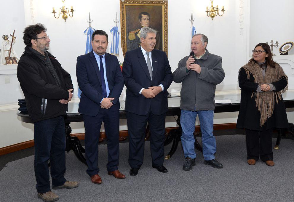 Ministro Perassi informa la gestión que concretó el Gobernador Morales para llegada de recursos a municipios.