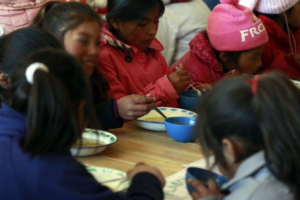 Jujuy Asiste y Reactiva: Más escuelas brindan servicio de comedor.