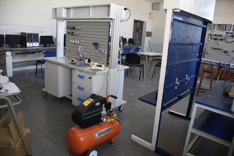 Fuerte inversión en equipamiento para la Educación Técnico Profesional.