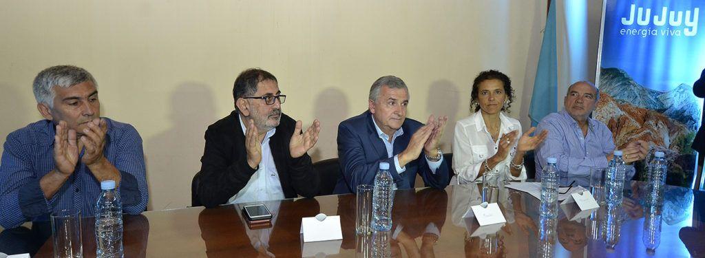 El Gobernador Morales encabezó acto de presentación de la competencia deportiva
