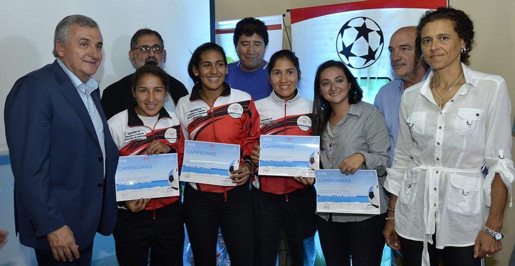 Equipo de fútbol playa que ganó la competencia a nivel nacional.