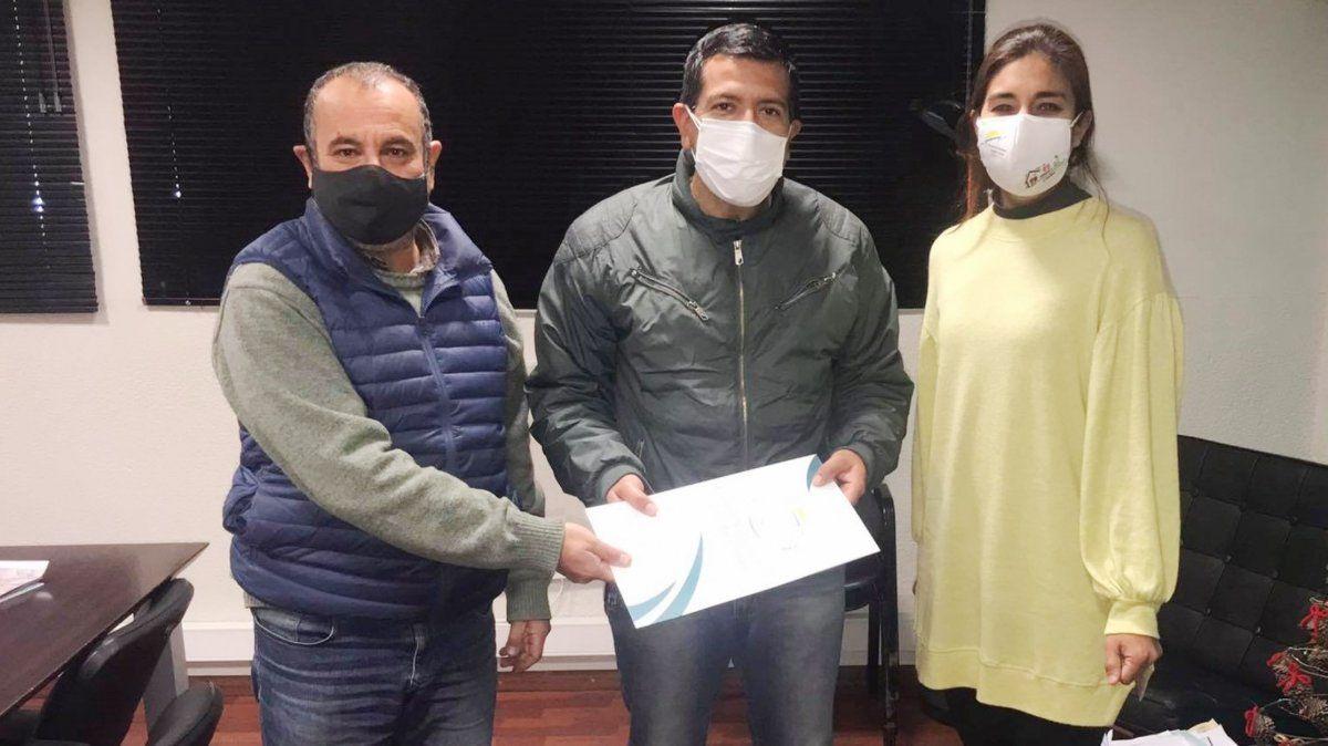 Los certificados de cesión de uso de lotes se otorgaron a cuatro municipios.