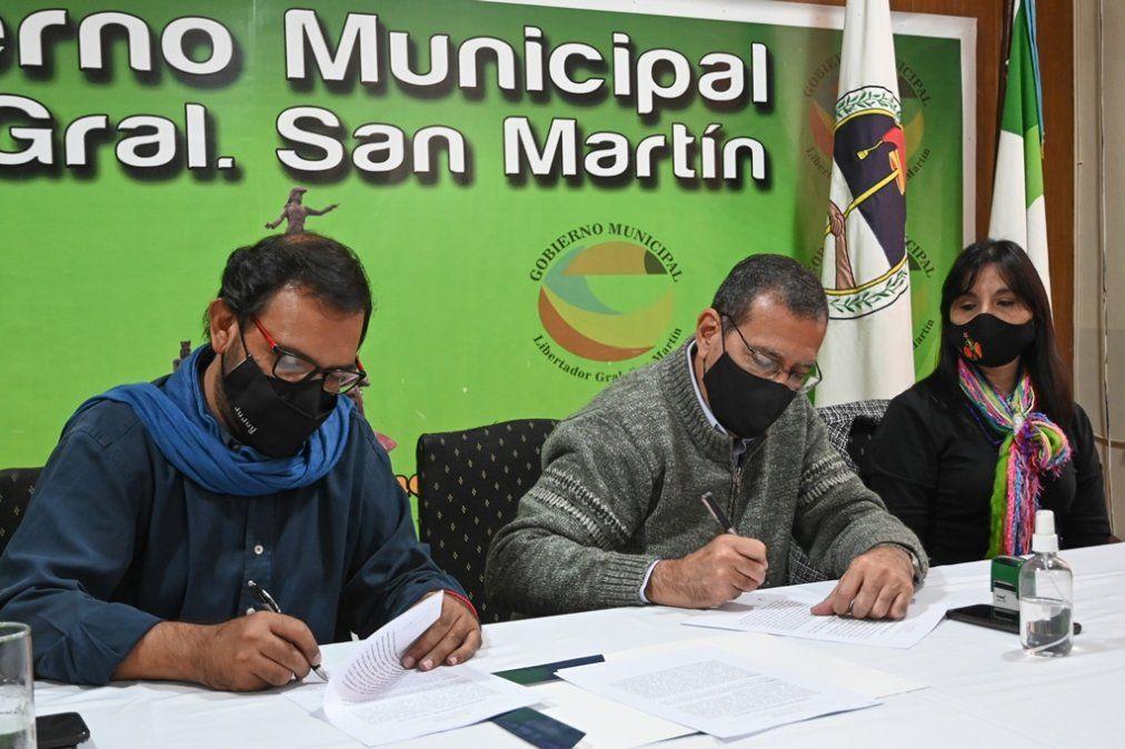 Medina Zar y Jayat rubricaron el convenio de cooperación