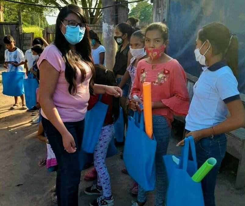 Apoyo a niños y niñas de la comunidad guaraní Arete Guasu