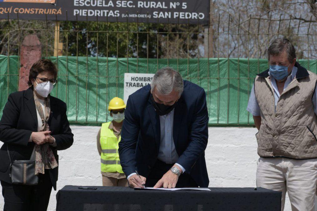 Comenzó la construcción de una nueva secundaria en Lote Piedritas