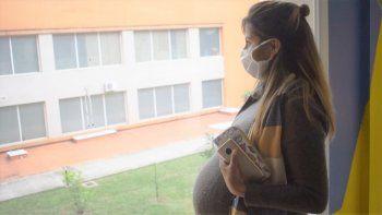 La vacunación a embarazadas se recomienda desde la semana 14 de gestación
