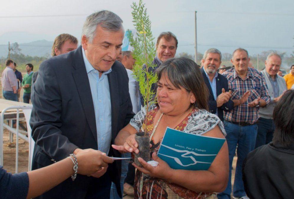 Familias de Libertador recibieron certificados de adjudicación de sus lotes