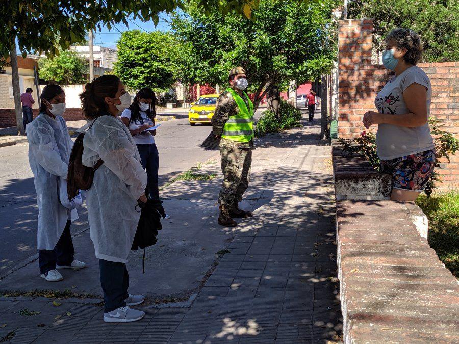 Rastrillaje sanitario en barrio 12 de Octubre