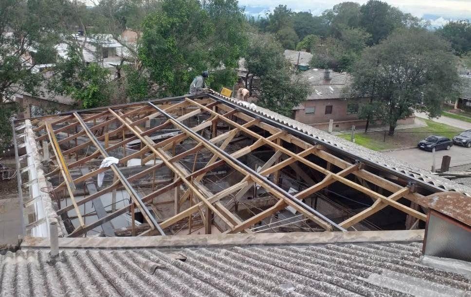 Las obras en el Oscar Orías implican nuevas cubiertas para la mayor parte del hospital.