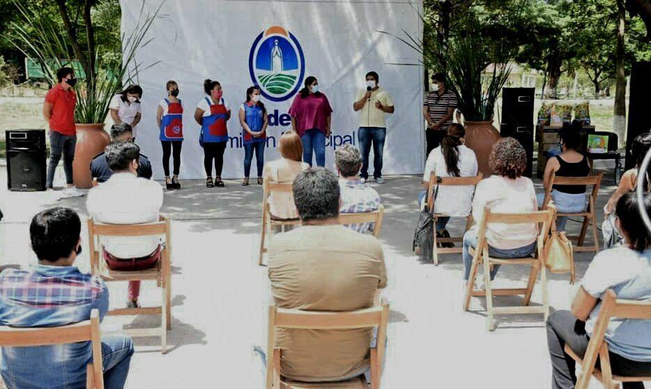 Entrega de Equipamiento para el CDI en Rodeito