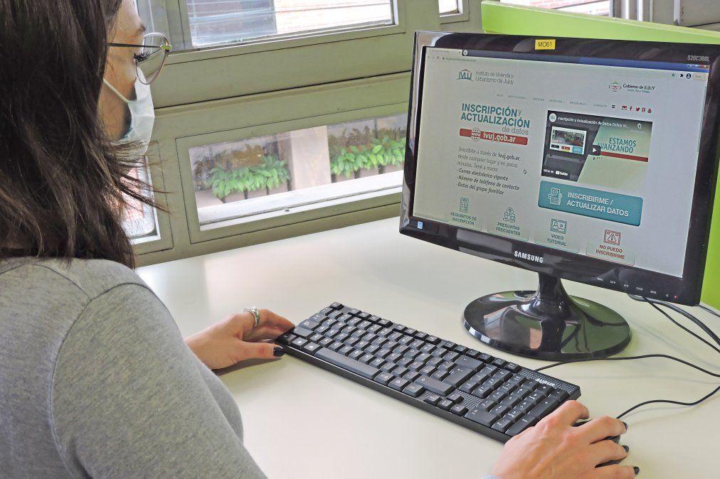 Con buenos resultados avanza la inscripción y actualización de datos online del IVUJ