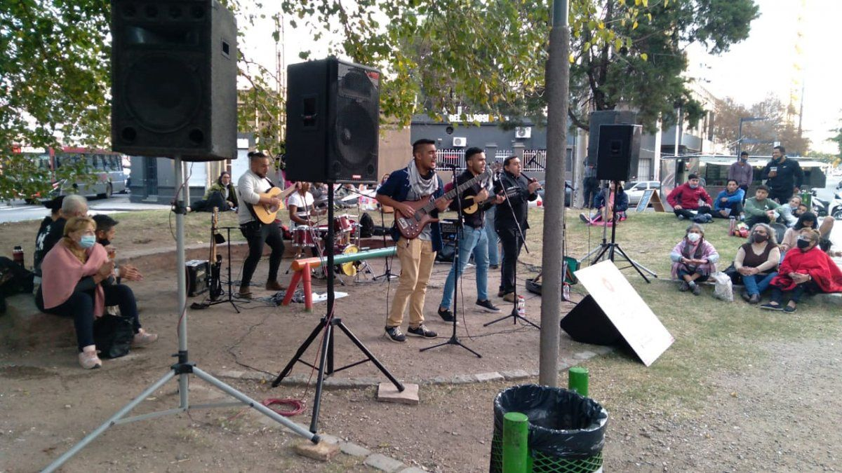 Se realizó la primera Feria Interprovincial entre las casas de Jujuy y de Catamarca en Córdoba