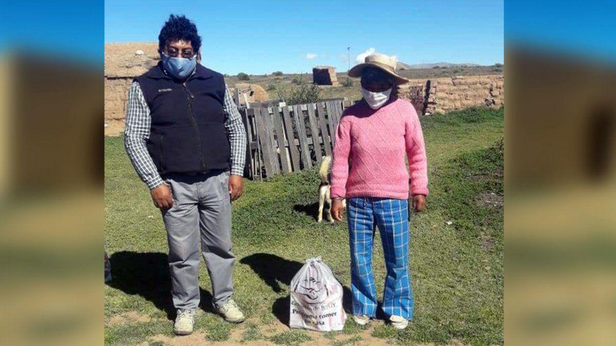 Desarrollo Humano realizó la entrega de Unidades Alimentarias en la localidad puneña de Barrios