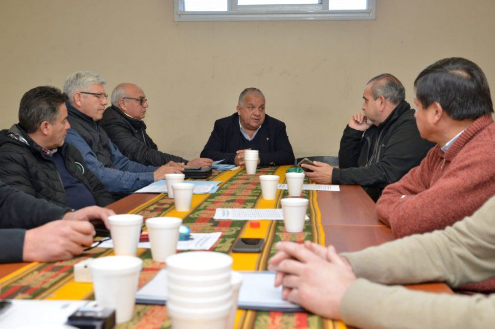 Trabajadores y empresarios del transporte urbano llegaron a un acuerdo