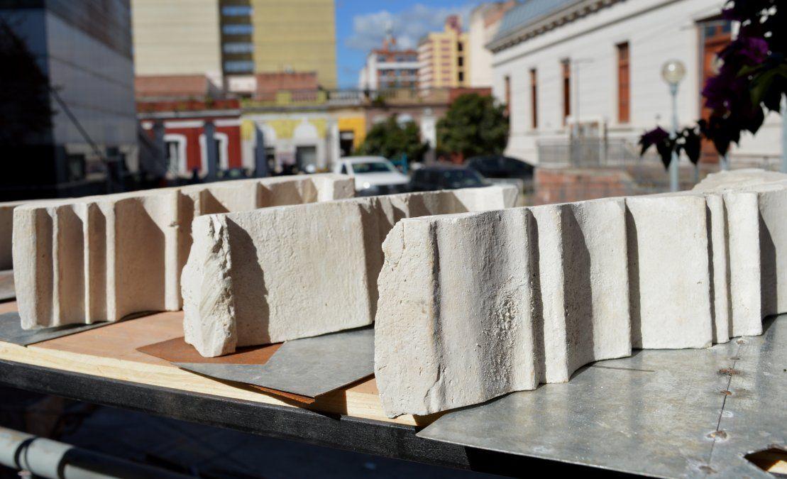 Las obras también contemplan estauración y reconstrucción artesanal de piezas.