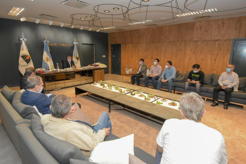El Gobernador Morales recibió a directivos de la empresa ShangHai Electric Power Construction.