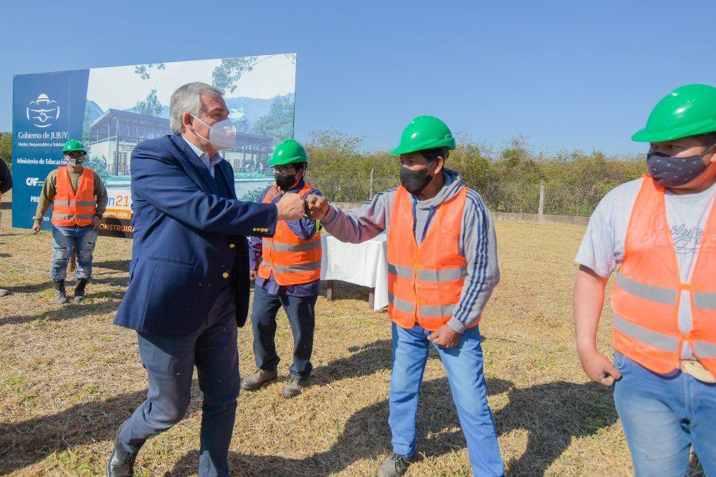 Comenzó la construcción de la Secundaria Rural en Sauce Guacho