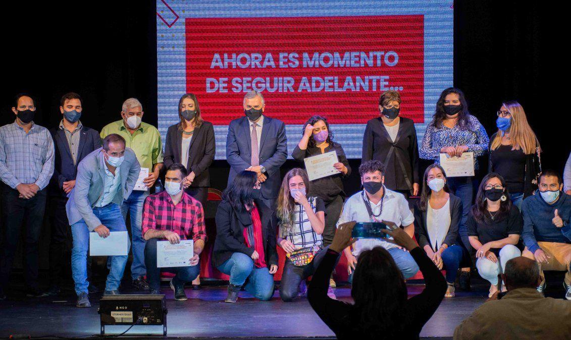 Morales entregó recursos no reembolsables a emprendedores sustentables