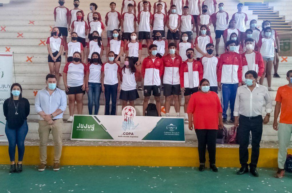 Juegos Regionales del Norte Grande: Se entregó indumentaria  a deportistas