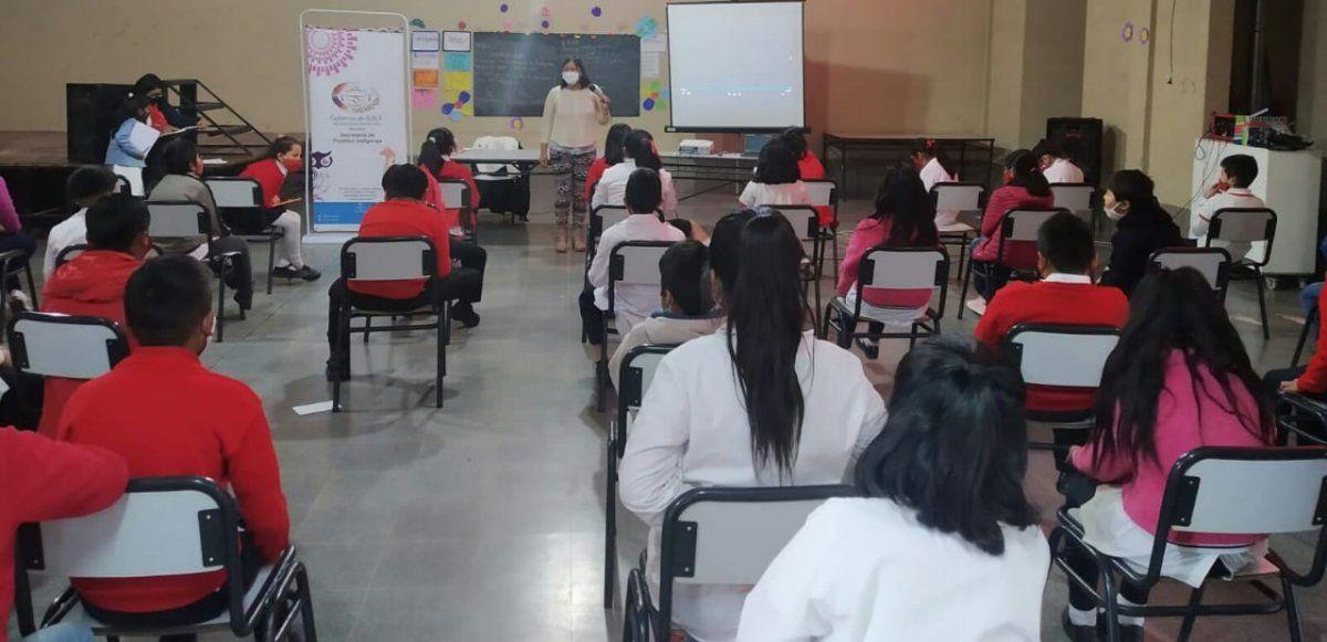 Niños y niñas reflexionaron sobre la conmemoración del 12 de octubre