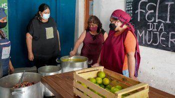 Reconocimiento a Mujeres de instituciones de contención por el compromiso social permanente