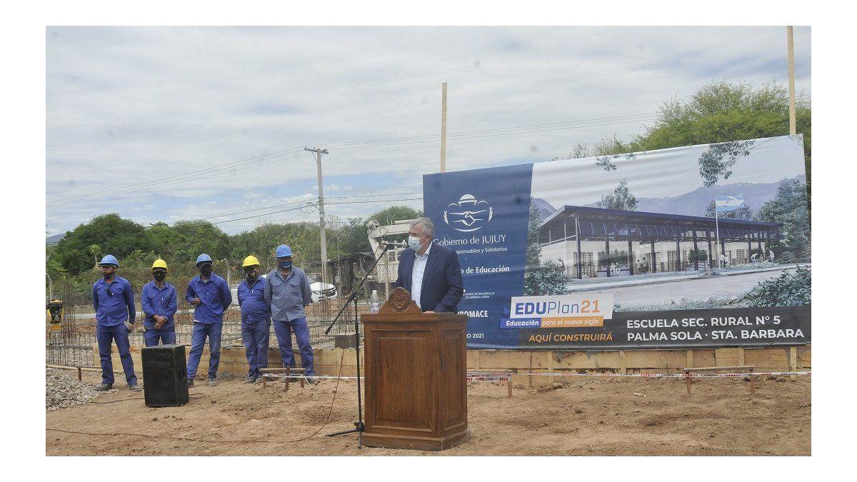 Morales puso en marcha la construcción de la secundaria rural de Palma Sola