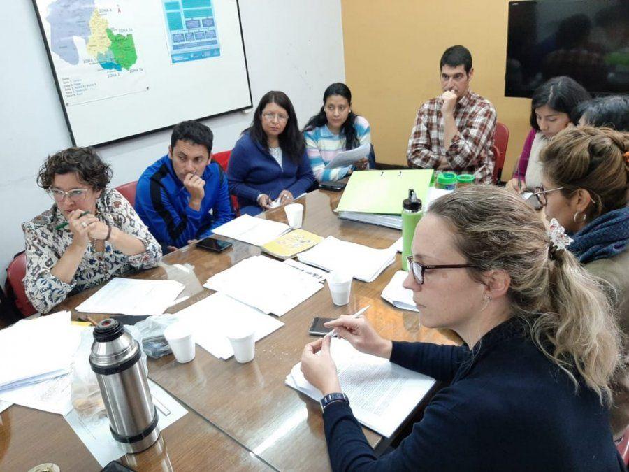 Avanzan en el proyecto de ley de entornos escolares saludables