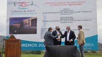 Morales y Bouhid pusieron en marcha la construcción del nuevo hospital regional en Libertador