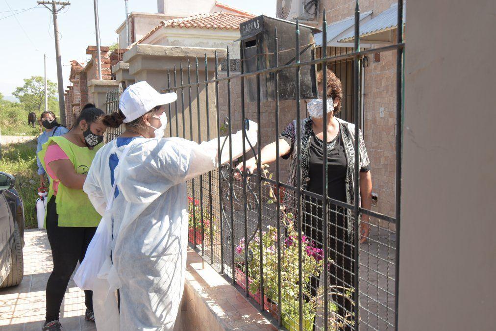 Operativo sanitario en barrio Sargento Cabral de Capital