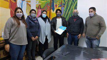 Nueva entrega de carpetas técnicas para Comunidades Aborígenes de Jujuy