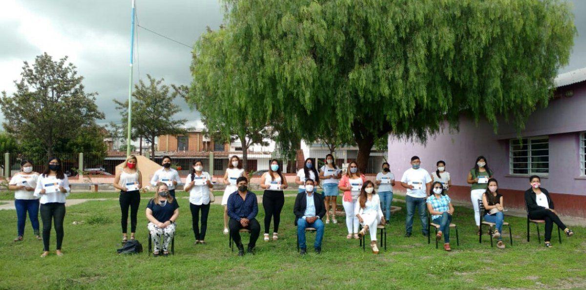 Entrega de Certificados del Programa Voluntariado Social en Perico