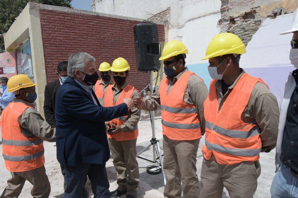 Inició la construcción de un nuevo edificio escolar en San Pedro