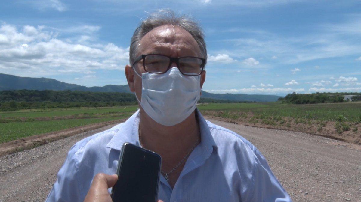 El ministro Stanic visitó la zona de obras de acceso al Centro Ambiental Jujuy (ex Cahnchillos).