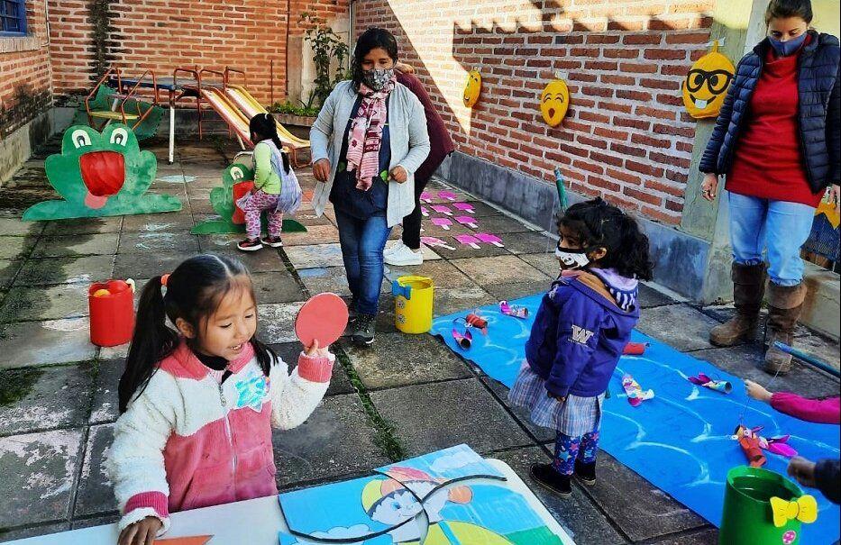 Actividades de concientización promocionando el buen trato y Derechos de Niños, Niñas a través del juego