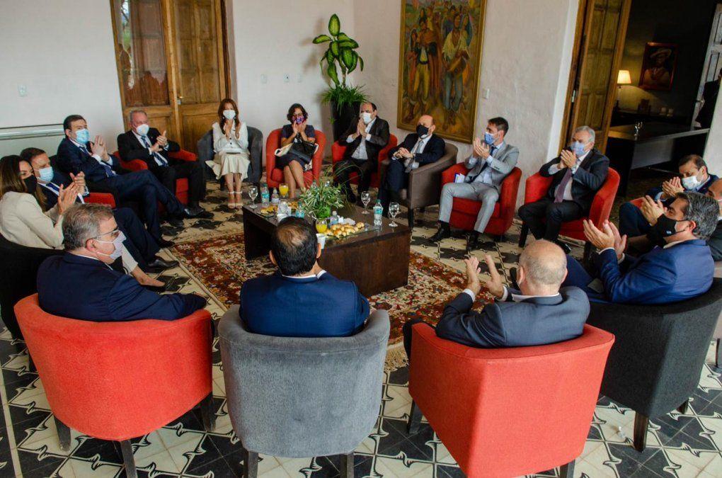 Cuarto encuentro de gobernadores del Norte Grande celebrado en Catamarca.