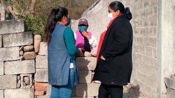 Ayuda alimentaria para familias del barrio Suipacha