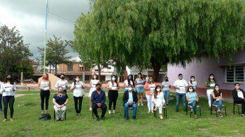Jóvenes de Perico recibieron certificados del Programa