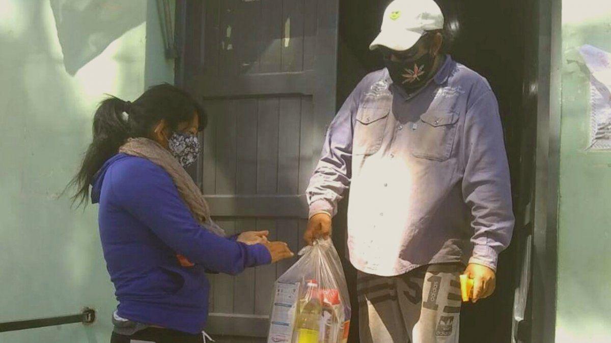 Entrega de Unidades Alimentarias en Iturbe.