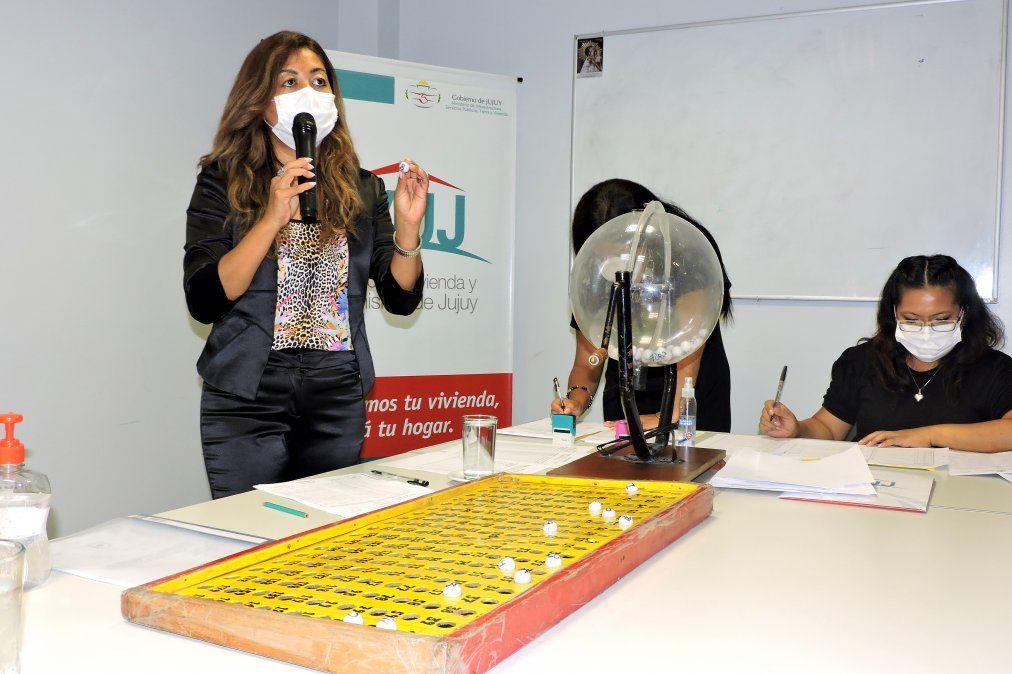 Preadjudicatarios de Gran Jujuy conocieron la ubicación de sus futuras casas