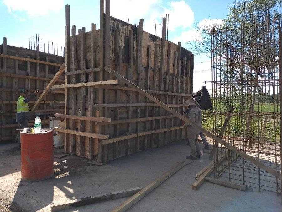 Ya avanzan las obras para el nuevo puente.