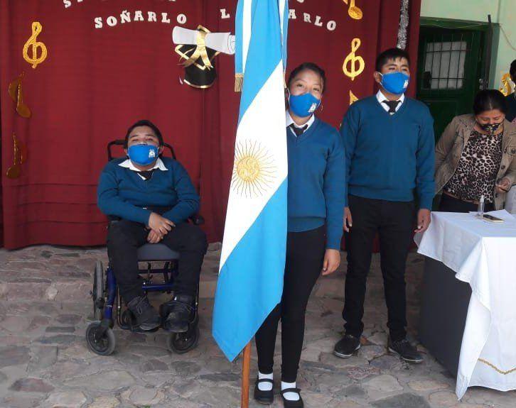 Reconocimiento a estudiante de Hospitalaria y Domiciliaria