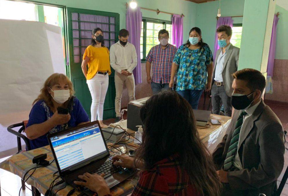 El equipo del Ministerio de Gobierno y Justicia visitó San Antonio