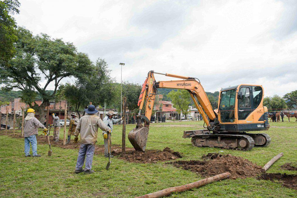 Inició la obra del Colegio Secundario N° 39 de Campo Verde
