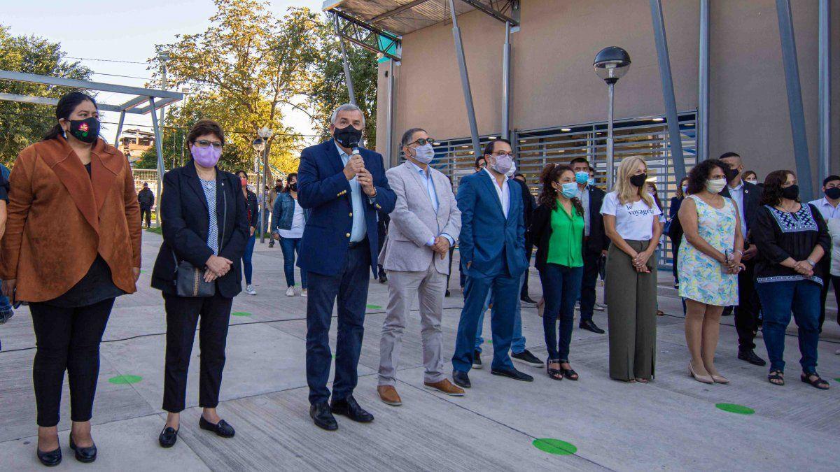 Morales defendió la educación pública ante ataques en Campo Verde