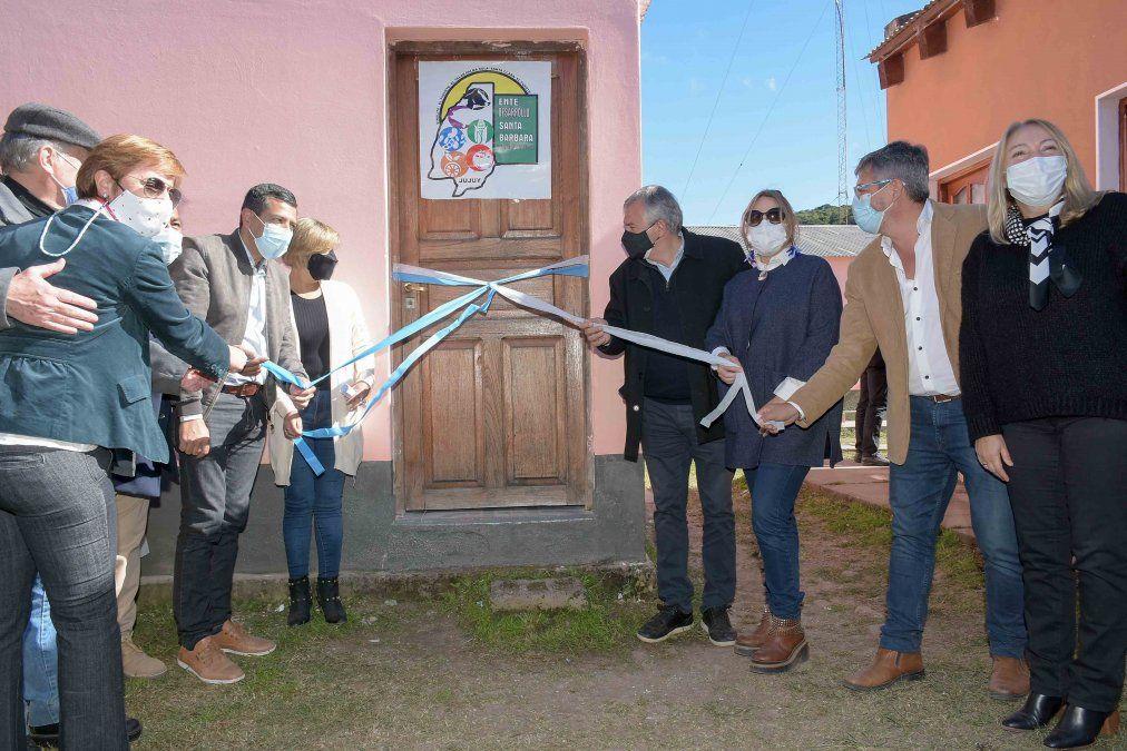 El Gobernador de la Provincia inauguró la oficina del Ente Santa Bárbara Productiva